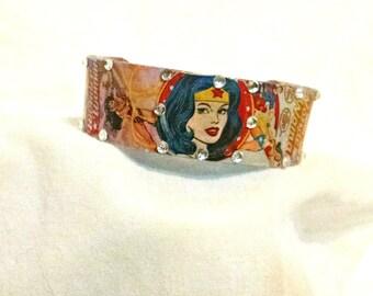 Wonder Woman cuff Bracelet Super Hero jewelry Wonder Woman jewelry Wonder Woman cuffs comic book art
