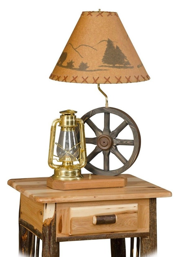 rustic hickory wagon wheel lantern lamp living room family room. Black Bedroom Furniture Sets. Home Design Ideas