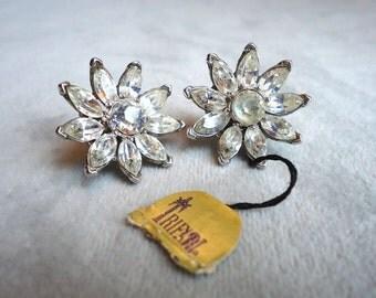 Signed Crown Trifari Stunning Earrings - Estate Jewelry