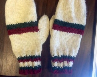 Vintage Hand-Knit Mittens