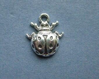 10 Lady Bug Charms - Lady Bug Pendants - Lady Bugs - Lady Bug - Bug Charm - Antique Silver - 16mm x 14mm  --(No.64-11061)