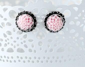 Dahlia Flower Earrings - Maid of Honor Earrings - Flower Earrings - Girlfriend Earrings Gift - Flower Studs - Hypoallergenic