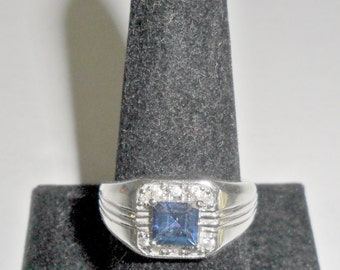 Handsome vintage man's silvertone blue and clear rhinestones cocktail dinner ring size 9 3/4