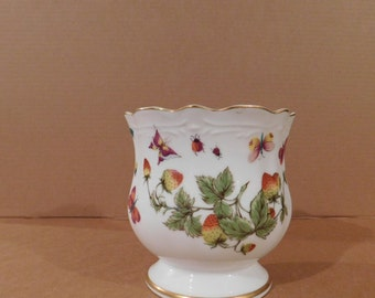 Ardalt Lenwile China Strawberries and Butterflies Vase