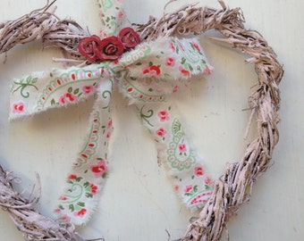 Shabby Chic Heart Wreath, Wedding Heart with Roses, Rustic Heart Wreath, Twig Heart Wreath, Vintage style Heart Wreath, Painted Heart