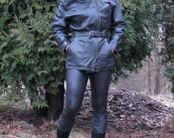 Leather JACKET vintage women COAT Bissen and Bossen black leather waisted