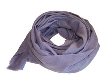 Lilac Hand-Dyed Linen Scarf / Women's Spring Scarf / Women's Purple Scarf / Women's Linen Scarf / Women's Scarf / Women's Large Scarf
