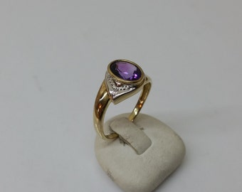 Ring gold 333 with Amethyst Crystal stones GR158