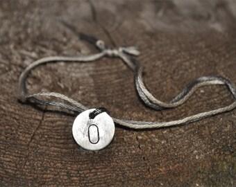 O initial Charm String Bracelet