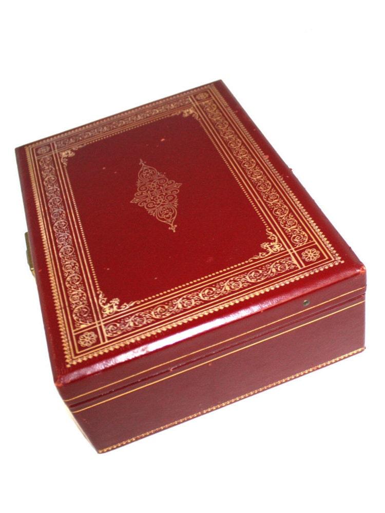 Vintage wood box jewelry box antique leather bound velvet for Vintage antique jewelry box