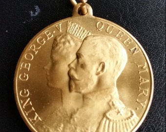 Antique 1911 King George Coronation Medal Struck By Elect Cocoa. H. M. King George V And H. M. Queen Mary 1911 Coronation Medal.