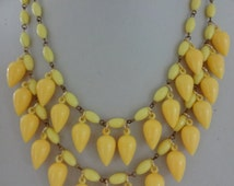 Vintage 1960s Early Plastic Lucite Yellow Necklace, Vintage Yellow Necklace, Statement Necklace, Retro Necklace