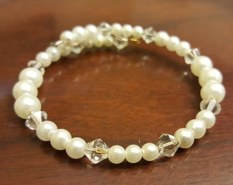Crystal and pearl memory wire wrap bracelet