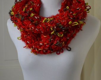 """Totally Tricia Hand Knit Cowl """"Salsa"""""""