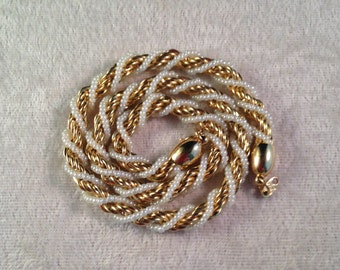 Vintage TRIFARI Single-Strand Faux Pearl / Chain - Twisted Swirled Necklace - Faux Pearls / Embedded in Chain - 036NL