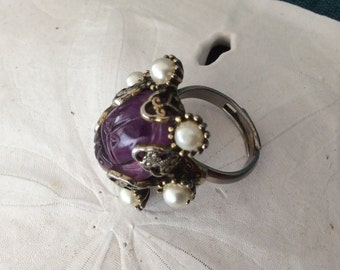 Hollycraft Large Purple Amethyst Cabachon Ring Surrounded by Faux Pearls
