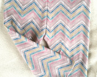 SALE Baby Leggings, Chevron Leggings, Cotton Knit, Newborn, Infant, Toddler, Girls (Gray, dotted chevron blue, pink, yellow), Baby Outfit