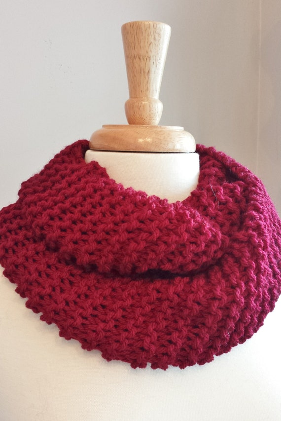 Infinity Scarf Knitting Pattern Garter Stitch : Chunky Garter Stitch Infinity Scarf. Valentines Day