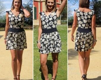 Beautifull short dress, summer dress, cotton dress, spring dress, elegant dress, designer dress. Size EU 40-42 / UK 12-14 / Us 8-10.
