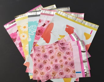 300 Assorted Designer Poly Mailers 10x13 And 6x9  Flowers Butterflies Hibiscus Roses Daisies  Envelopes Shipping Bags
