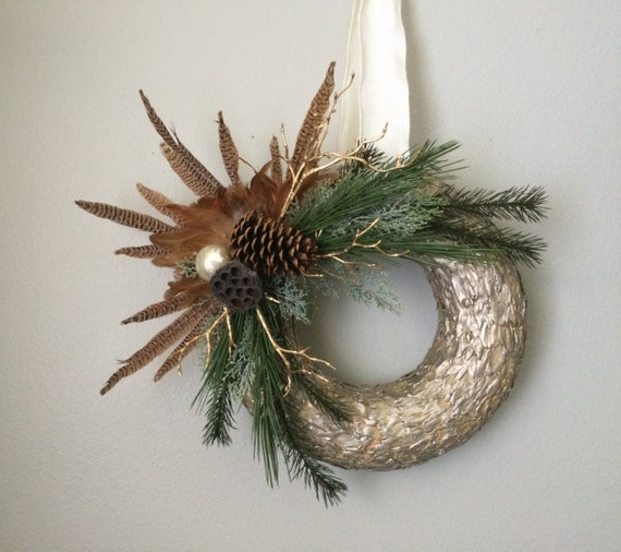Gold Feather Wreath / Winter Wreath / Gold by SouleHomeDecor