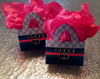 12 G Collection Custom Favor Boxes w/Handles