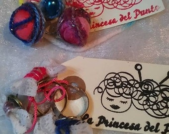 Ring and Crepe Paper beads
