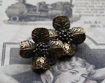 Vintage earrings ART. Filigree earrings. Filigree jewelry. Flower earrings. ART jewellery. Metal earrings.