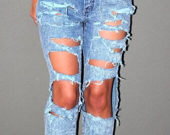 destroyed high waisted denim jeans.