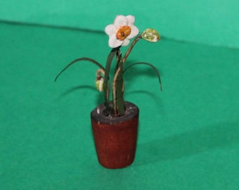 Vintage Dolls House Daffodils In A Pot