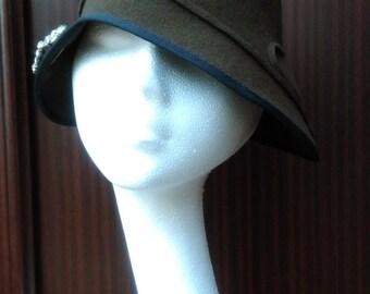 Art deco 1920s 1930s inspired Cloche Hat