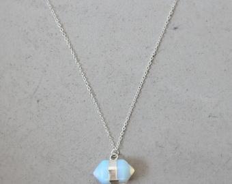 Trend Opal gemstone pendant necklace