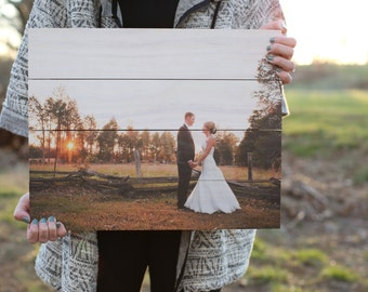 Photo pallets; Custom pallet pictures; Unique and rustic photos on wood