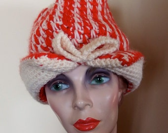 1960s MOD Wool Knit Cap Hat from Italy Red White
