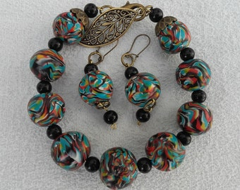 Bracelet and earrings in ethnic style