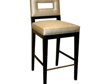 Maplewood Bar Stool with Metal Footrest