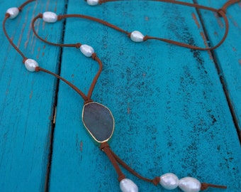 Brown Suede Knotted Fresh Water Rice Pearl and Stone Druzy Pendant Necklace/Boho Necklace/Long Pearl Necklace/Gift for Her/Green Stone