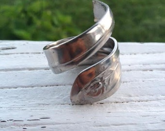"Silver ""long and lean"" spoon ring"