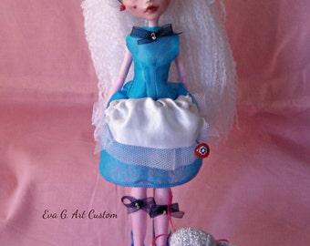 Alice in Wonderland, Monster High Ooak Custom. Rococo inspiration FREE SHIPPING