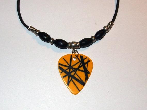 eddie van halen gold frankenstein striped guitar pick necklace. Black Bedroom Furniture Sets. Home Design Ideas