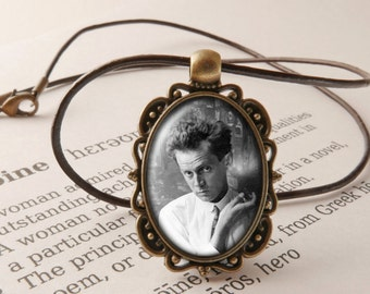 Egon Schiele Pendant Necklace - Egon Schiele Jewelry, Art Necklace, Figurative Painting Pendant, Vintage Style Egon Schiele Jewellery