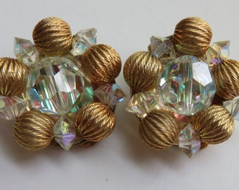 Vintage Lisner Earrings Vintage Jewelry Clip On Earrings Costume Jewelry Faceted Crystal Gold Tone Earrings Vintage Lisner Clip On Earrings
