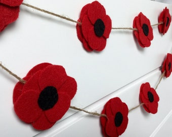 Red Poppy Felt Garland, Summer Banner, Party Decorations, Wedding Decor , Felt Flowers, Poppies