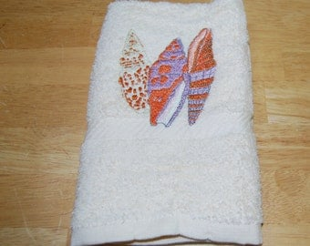 Seashell White Hand Towel3