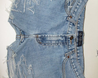 Cut Off Vintage High Waisted 90s Distressed Earl Jean Denim Shorts