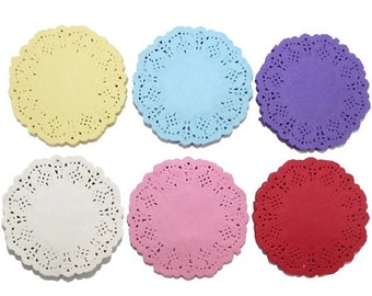 10 coloured paper doilies 8 cm