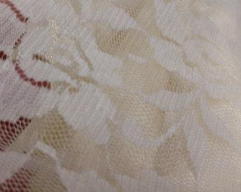 SALE - Lace Ivory (3yd Cuts)