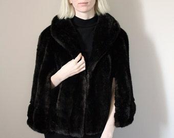 Vintage Dark Brown Faux Fur The Grand Milwaukee Cape - Small/Medium