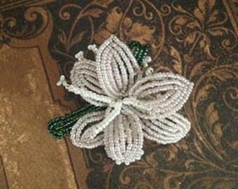 Vintage beaded flower brooch 1990s