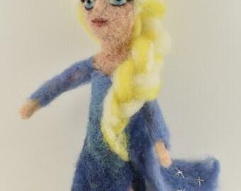 ELSA doll, Super fluffy, approx 20 cm